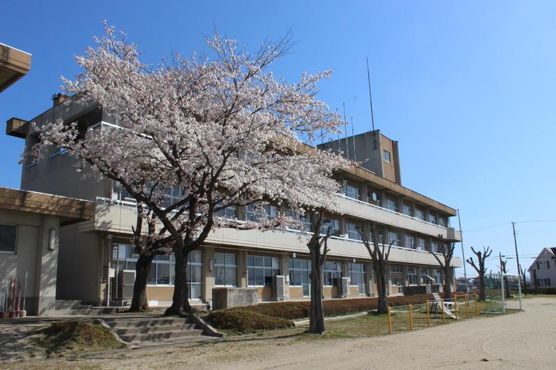 福島市立東湯野小学校